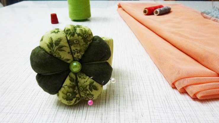 Игольница своими руками - мастер-класс по пошиву и особенности изготовления игольницы (130 фото)