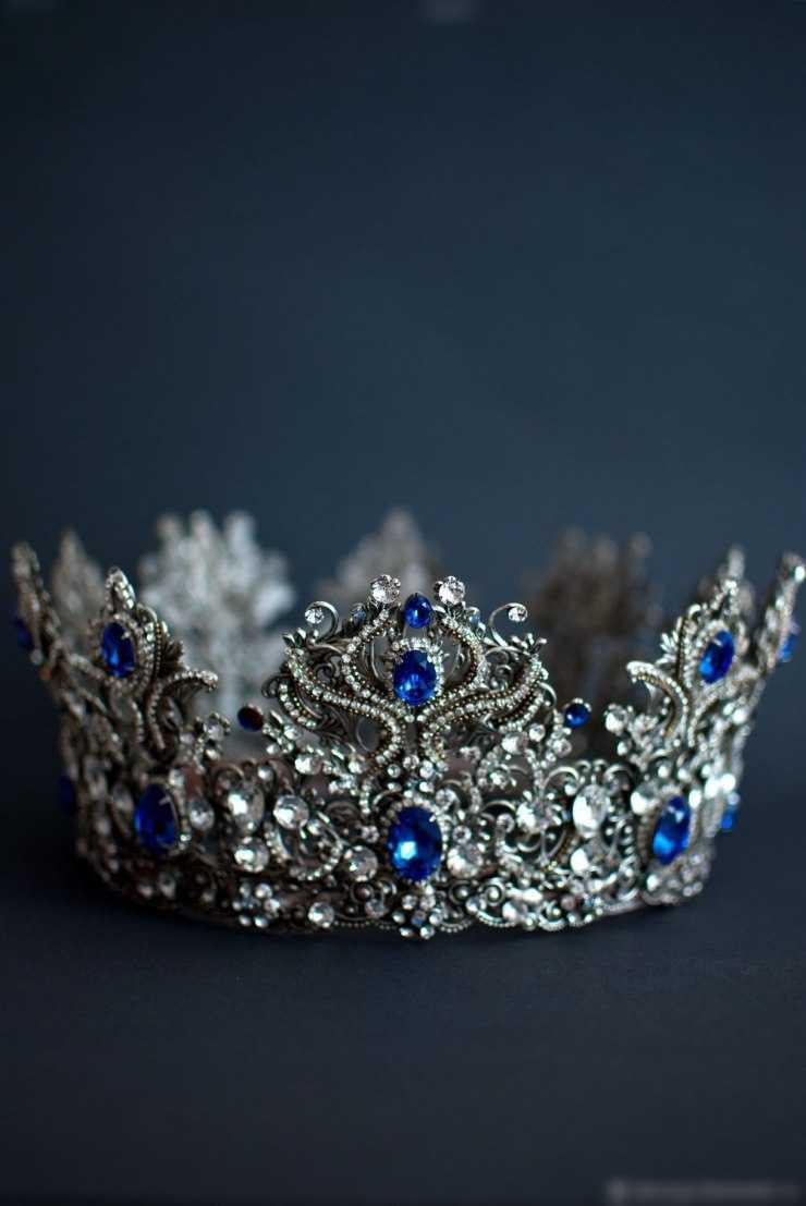 Корона своими руками: ТОП-100 фото новинок и эксклюзивных вариантов. Пошаговая инструкция, как сделать красивую корону (видео + мастер-класс)