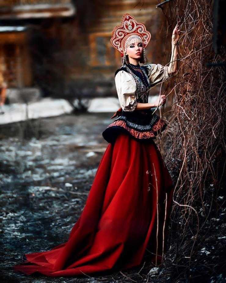Фото в русском народном костюме москва